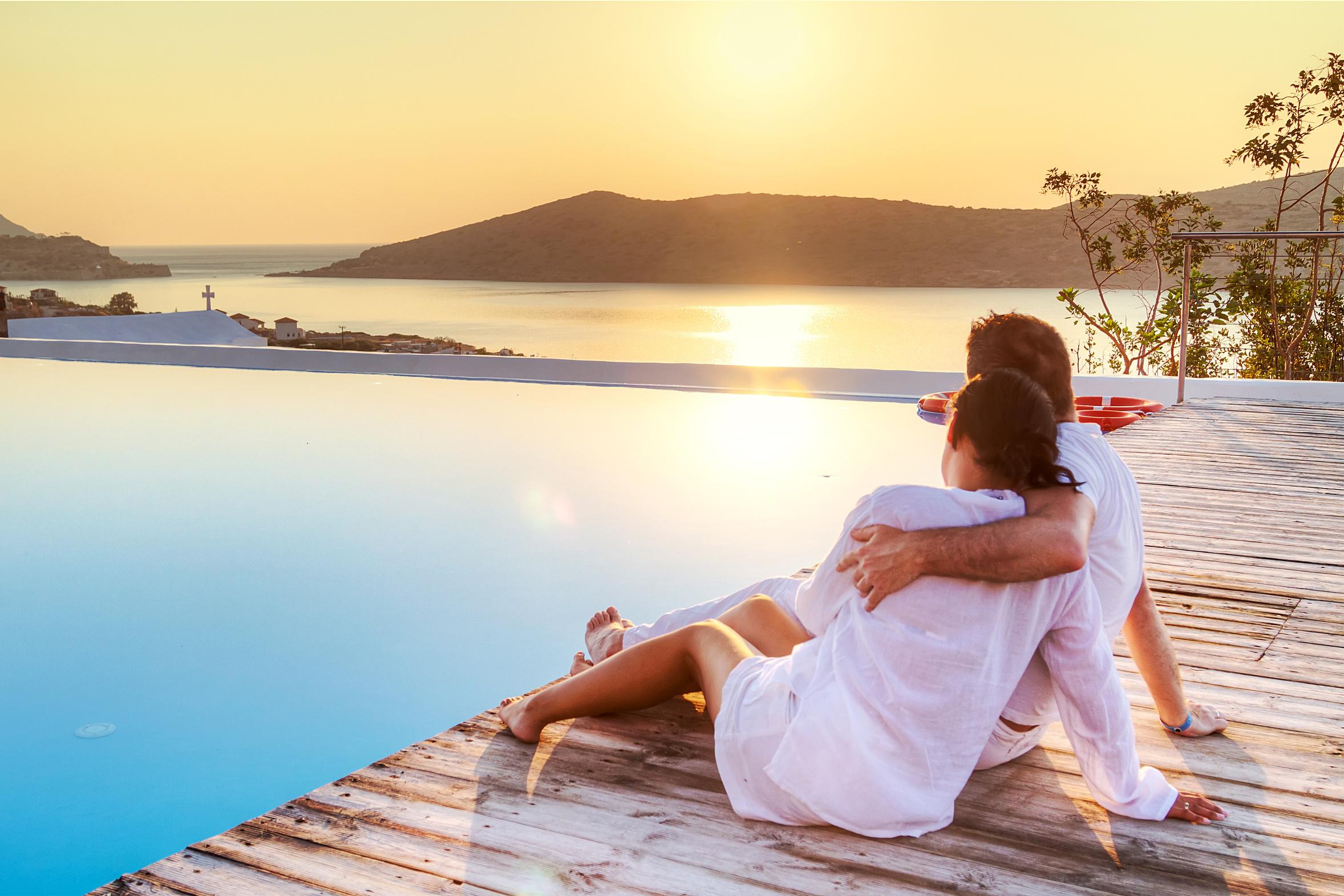romantic love misattribution of arousal dutton aron psychology study