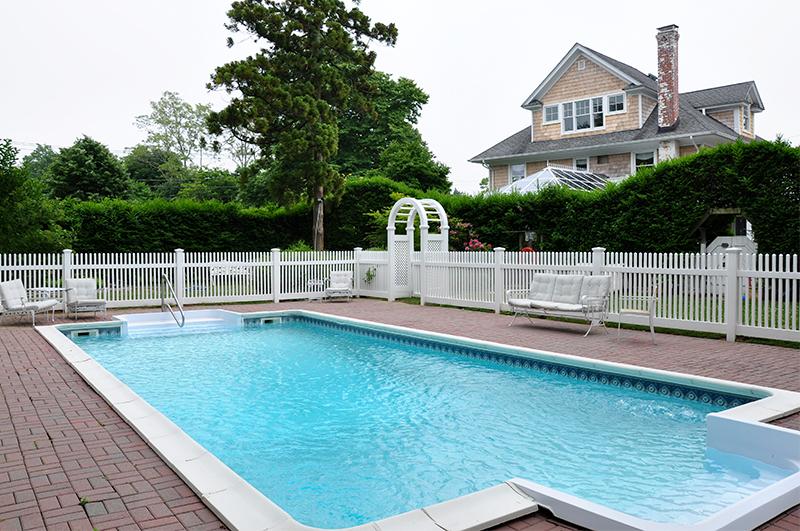 Garden_Pool.jpg