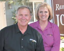Darrel and Carol Kinney, Publishers of the Julian Guide, Julian Journal, Ramona Journal, and Ramona Guide.