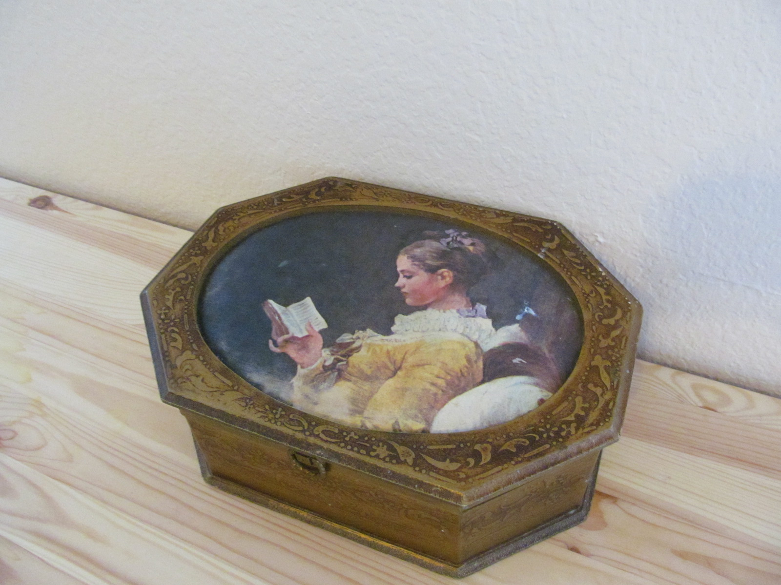 Object Jewelry Box 1.JPG