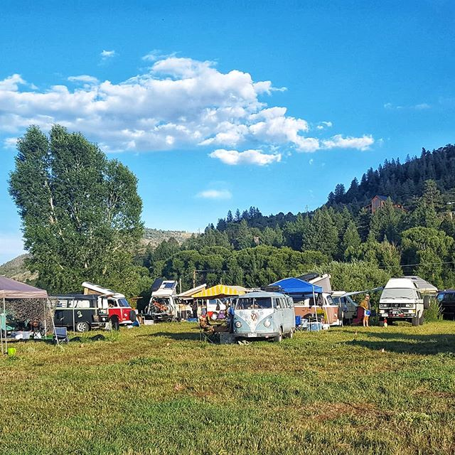T-minus 11 days until Colorado Westyfest!! ✌Get your act together & sign-up if you're still looking for a good time in the mountains over Labor Day Weekend! 🍕Link In Profile🍕 . . . #campout #vwgathering #vw #vwbuslovers #vwwestfalia #vwvanagon #vwvan #vanagon #coloradocamping #westfalia #westylife #westylove #westfalia #campervanmagazine #gowesty #rockymountainwesty #volkswagenkombi #volkwagen #volkswagent3 #volkswagent2
