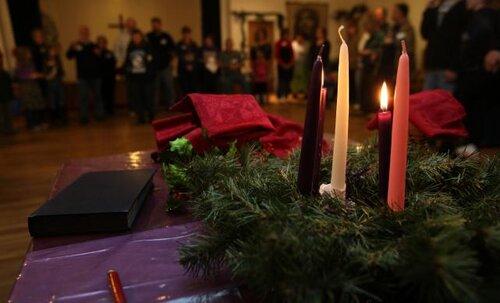 advent-worship-2011-641x388.jpg