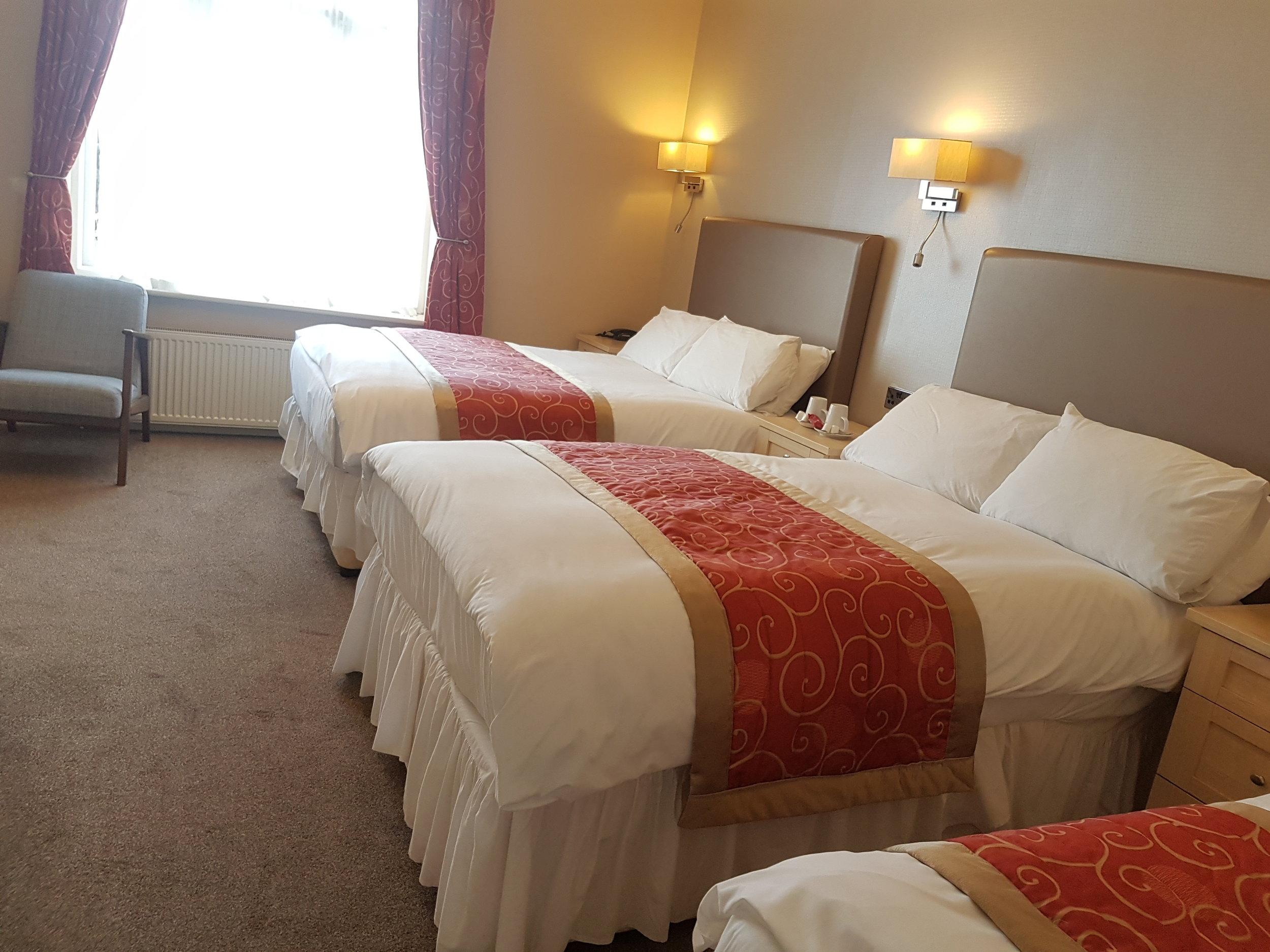 3 bed Family Room (sleeps 4) Victoria Park Lodge Leamington Spa