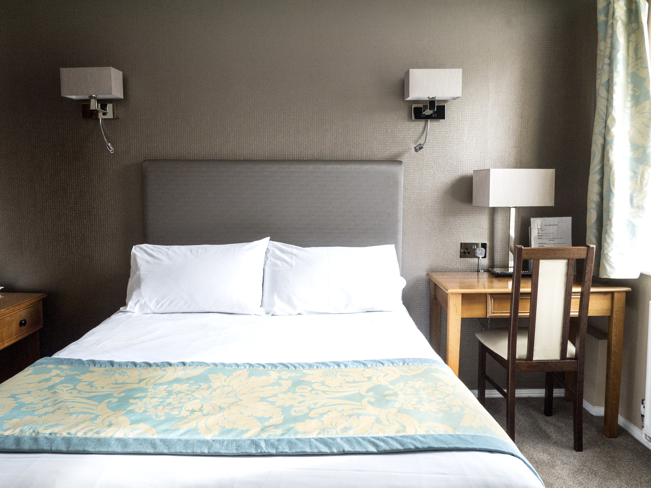 Double Room Victoria Park Lodge Leamington Spa