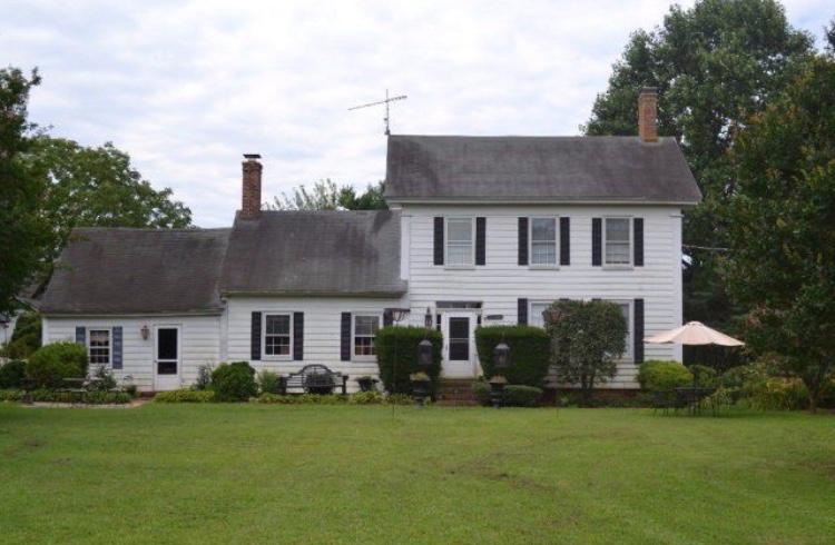 Chatham House circa 1690