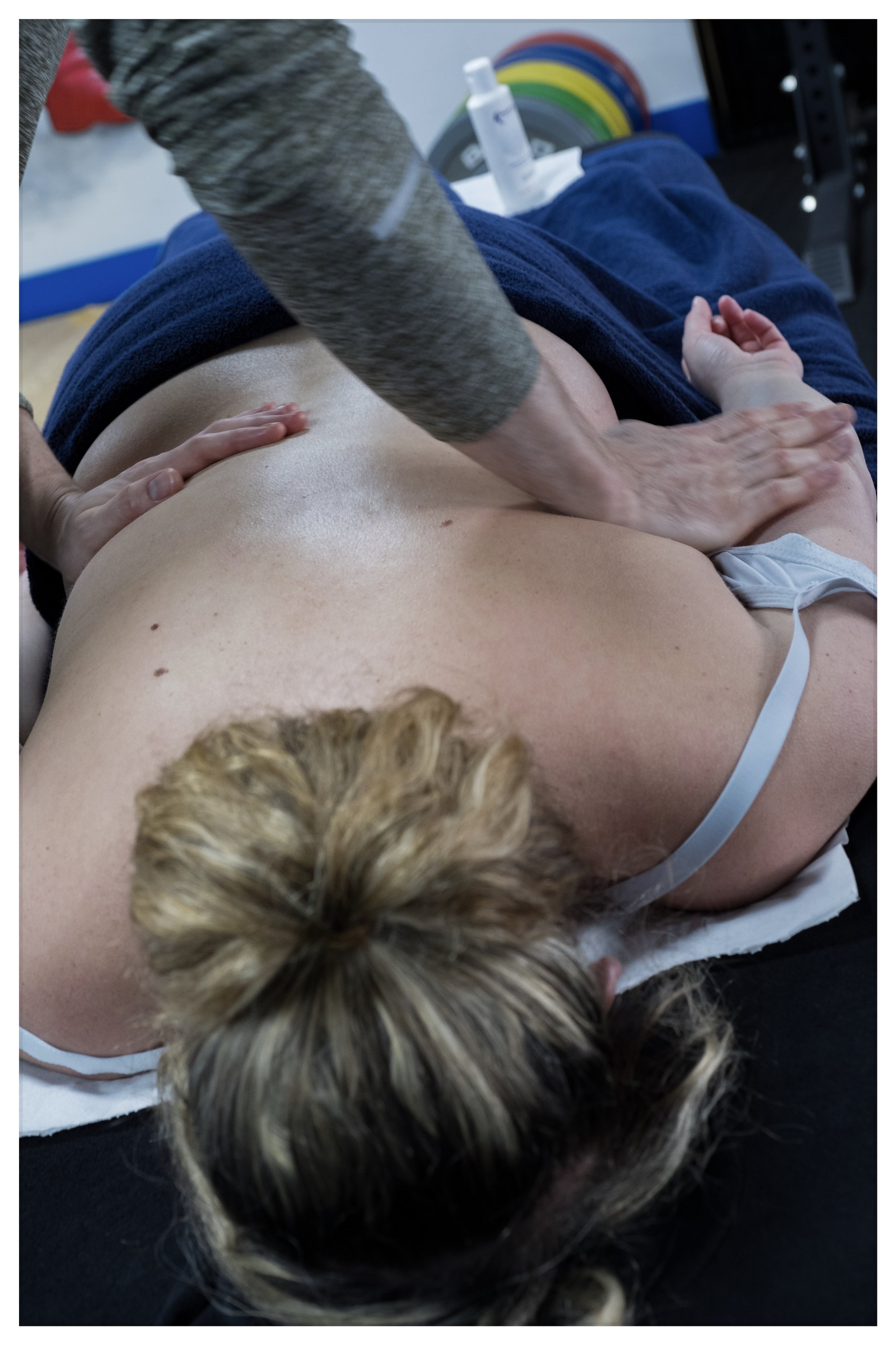BENEFITS OF SPORTS MASSAGE - Sports massage helps to realign muscle fibres and connective tissues and can increase joint mobility and flexibility. It can relieve pain, reduce the risk of injury and flush away toxins in the body. Soft tissue massage is not only aimed at sports people and can be extremely effective on any muscular aches, pains and strains regardless of if they occurred in the gym, on the pitch or just through the wear and tear of everyday life.Benefits include:Pain reliefReduced muscle tensionStress reliefSpeeding up the healing of tissue damageImproved sleep qualityImproved joint mobilityImproved circulationIncreased flexibilityFor any more information about how sports massage helps these things take place, please get in touch via the contact page or any of my social media pages.