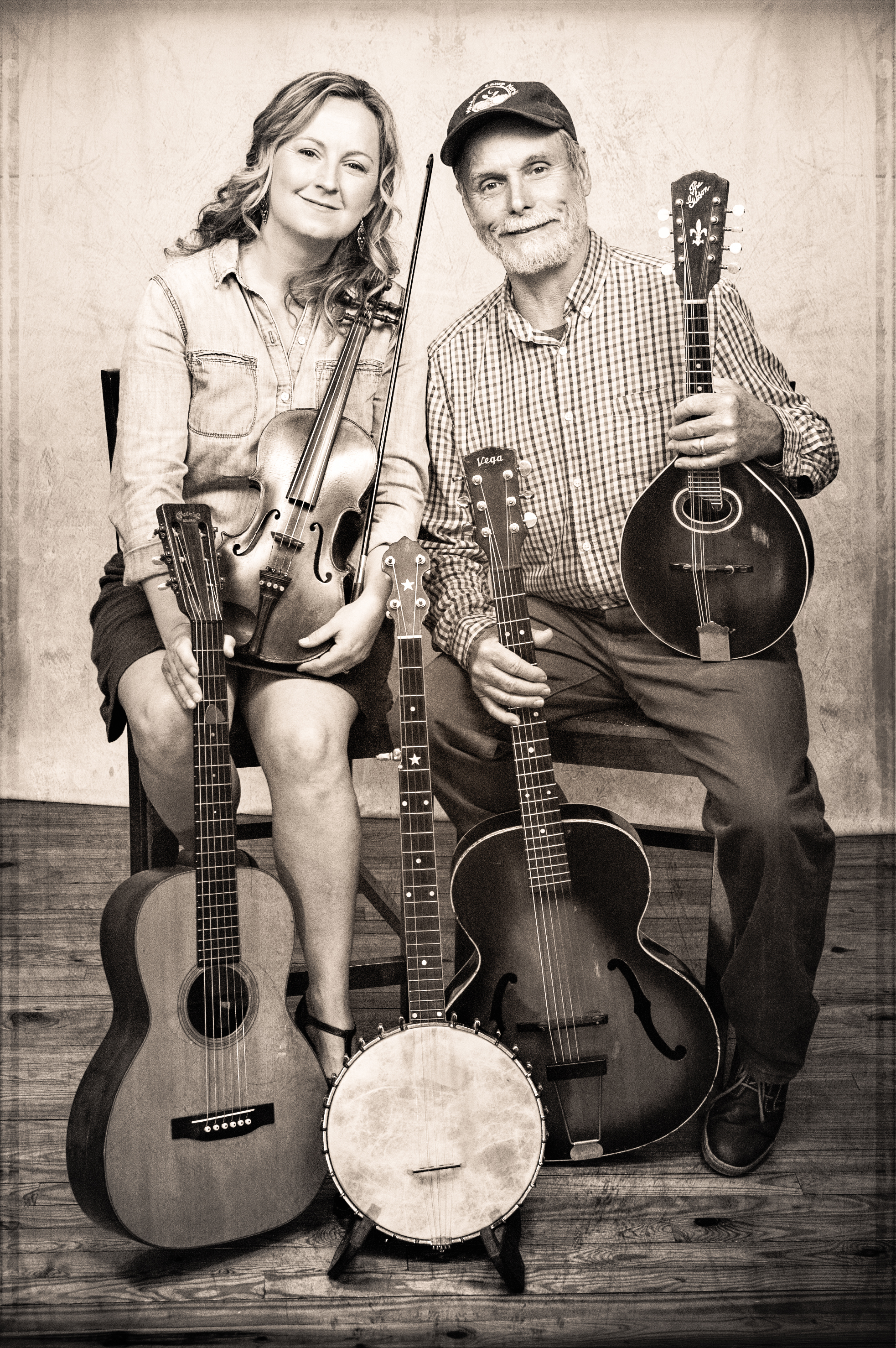 Erynn & Carl 2015 w 5 instruments bw hr_Moser & Jackson Photography copy[28185].jpg