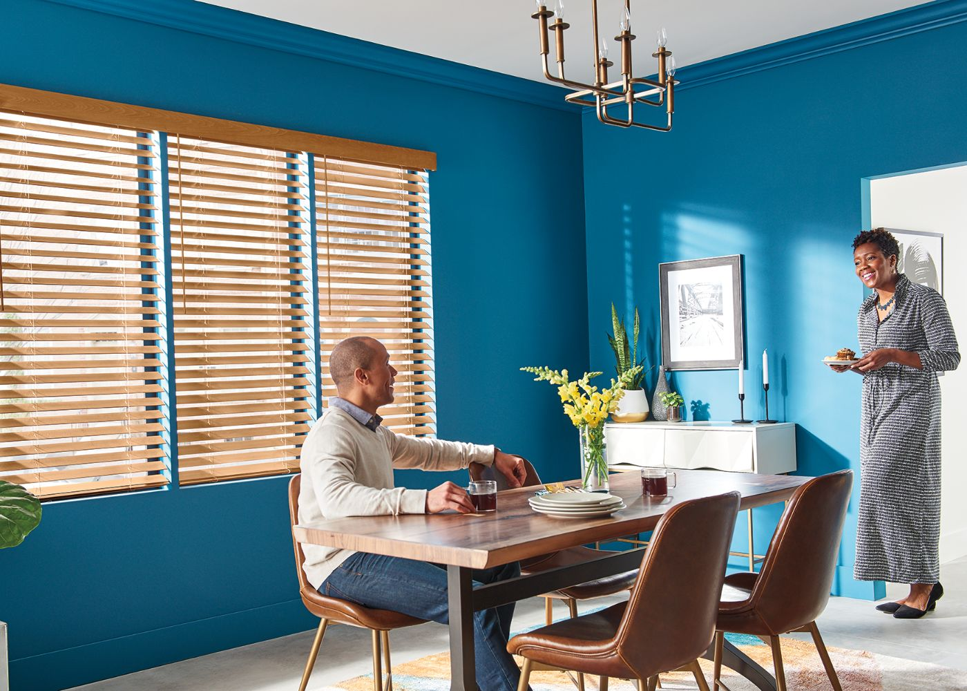 graber-3030-wood-blinds-ls18-v2-cropped.jpg