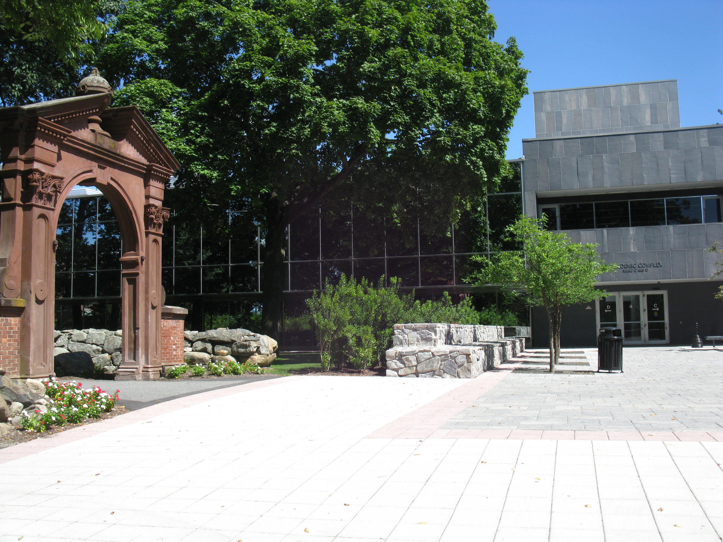 havemeyer arch courtyard at ramapo college -