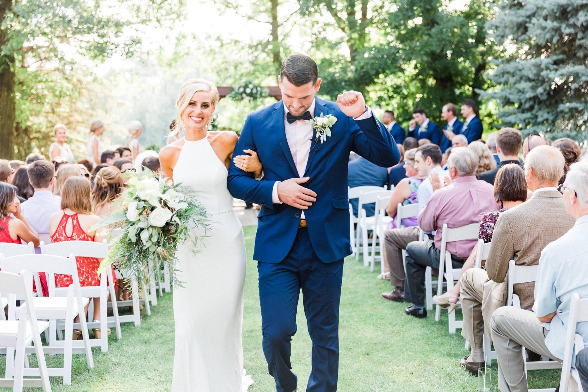 ceremony trellis.jpg