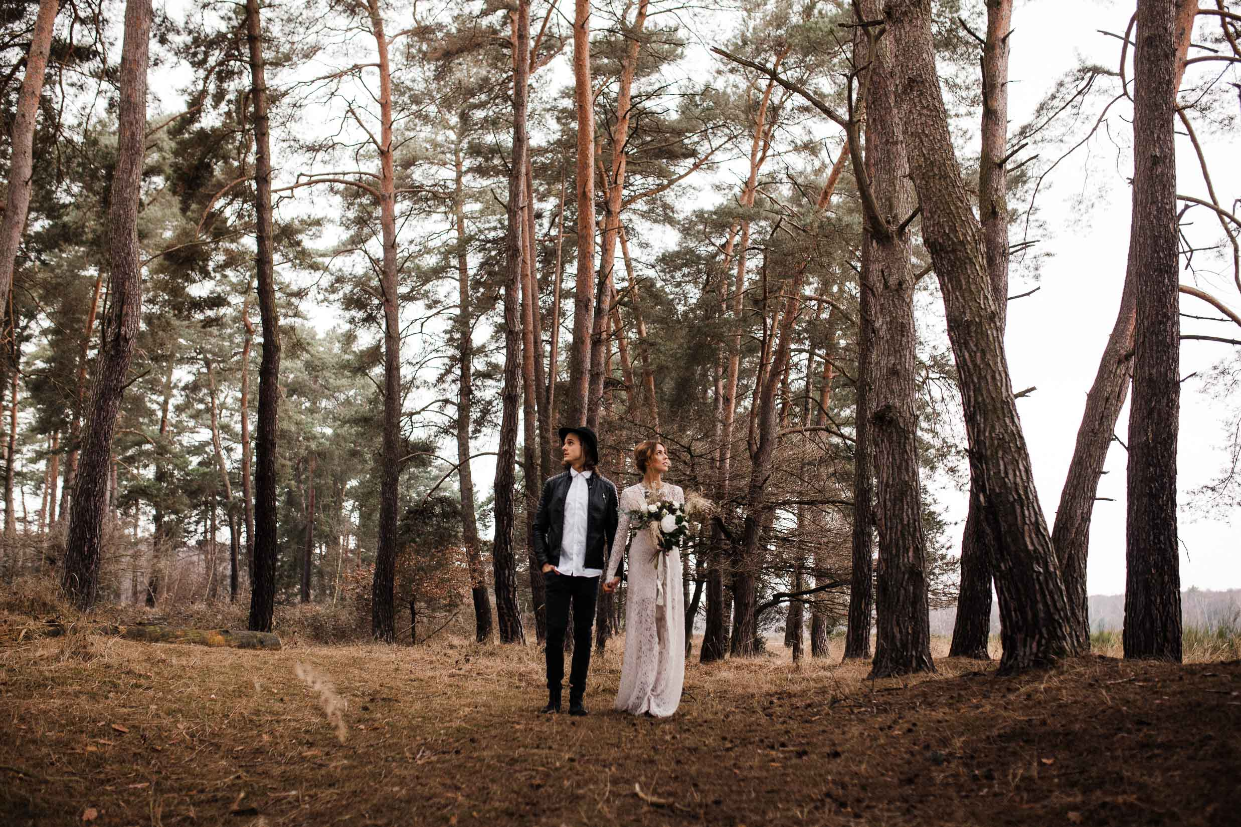 Beautiful-wedding-in-the-Scottish-forrest