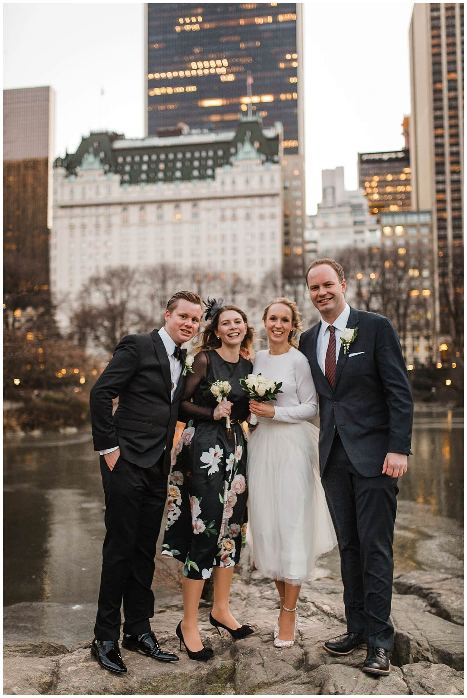 best-man-and-bridesmaid-in-front-of-the-new-york-plaza