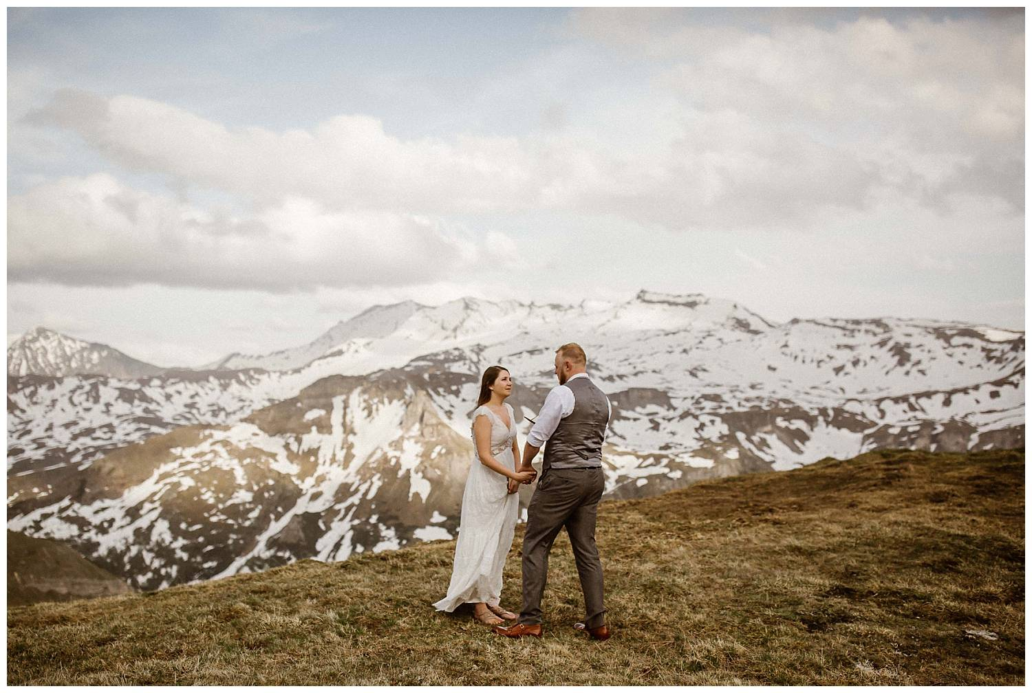 reading-vows-in-the-mountains