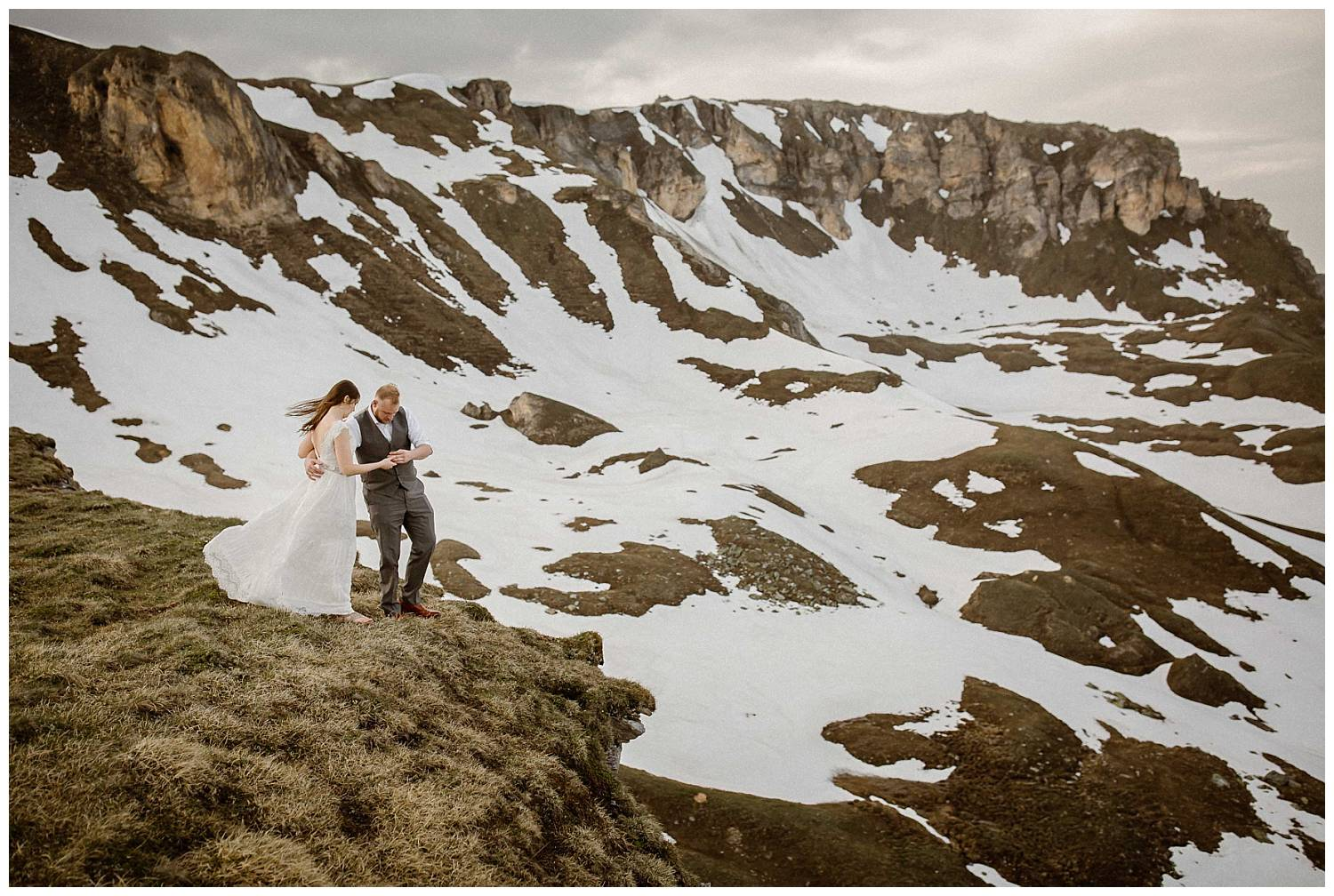 anniversary-photography-in-the-mountains