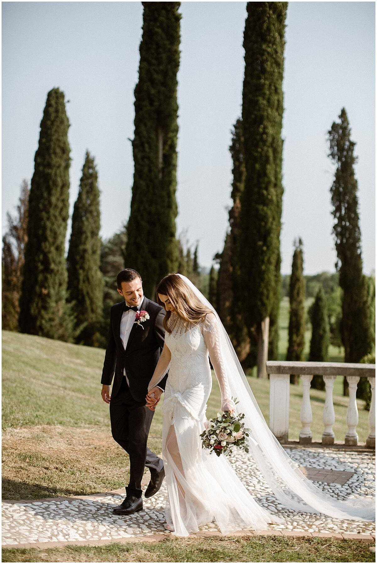 bridal-couple-in-italy