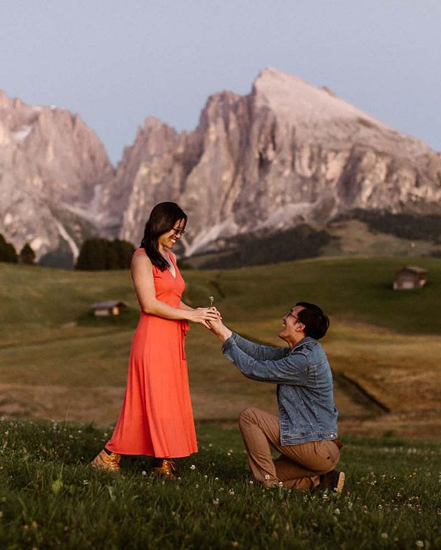 She said YES! Congratulations to these beautiful humans! 🥰🥰🥰After this exciting and most amazing sunset we stuffed ourselves with pizza and Tiramisu. I don't really believe in perfection, but that ending to a pretty great day comes close!  #proposal #proposals #shesaidyes💍 #dolomiti #dolomites4you #elope #elopementlove #authenticlovemag #dirtybootstravel #twosecretvows #adventurebride #engaged #proposed #couplegoal #couplesthattravel #verlobt #hochzeitswahn #loveandwildhearts #greenweddingshoes #photobugcommunity #junebugweddings #belovedcouples #bridetobe #alpedisiusi #alpesiusi #seiseralm #dolomites #dolomiten #heiratsantrag