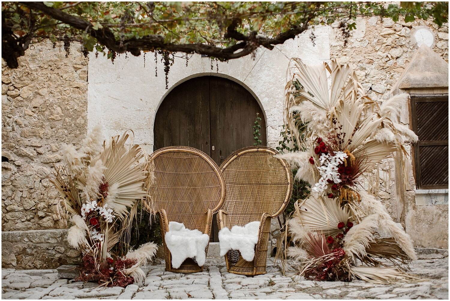 Boho-Wedding-Rattan-Chairs-Decor