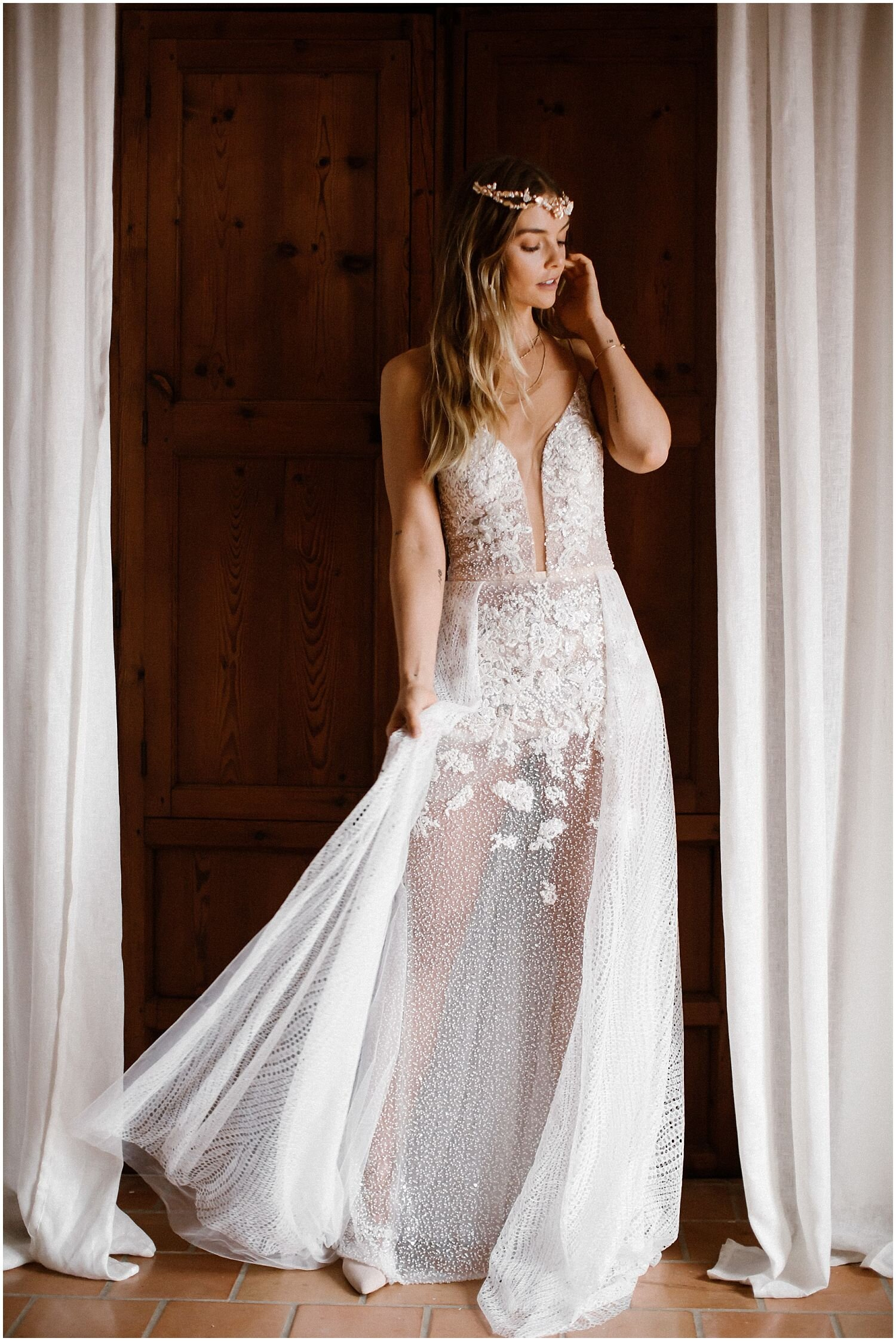 Boho-Bride-Mallorca-with-Rue-de-Seine-dress