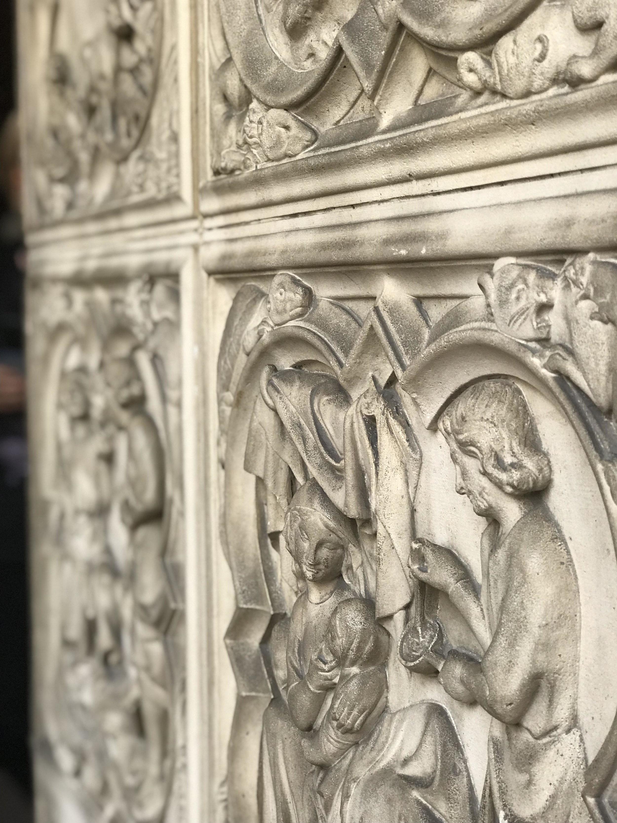 sainte-chapelle-architecutral-detail-paris