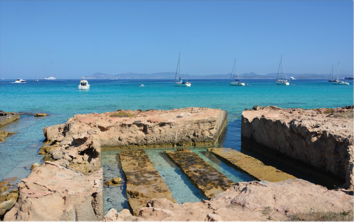 Another beautiful beach in Formentera!