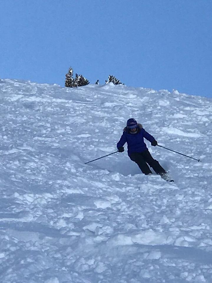 Robyn might be eligible for a SuperGold travel card, but she still carves up the slopes!