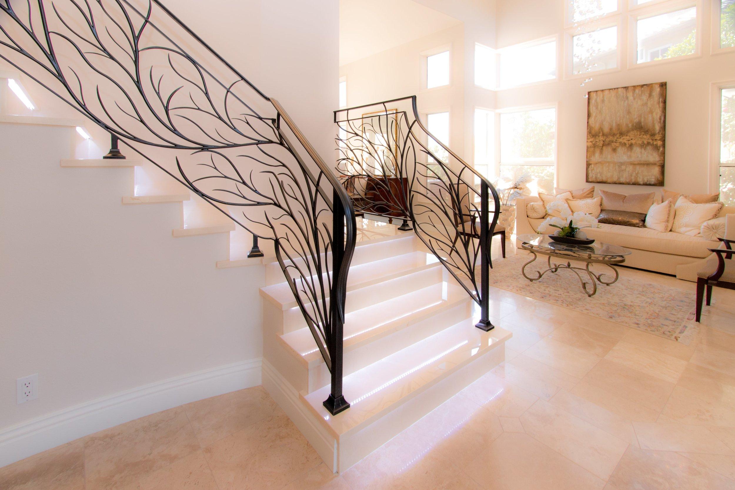 Modern Staircase Railing Naddour's Custom Metalworks1 -min.jpg