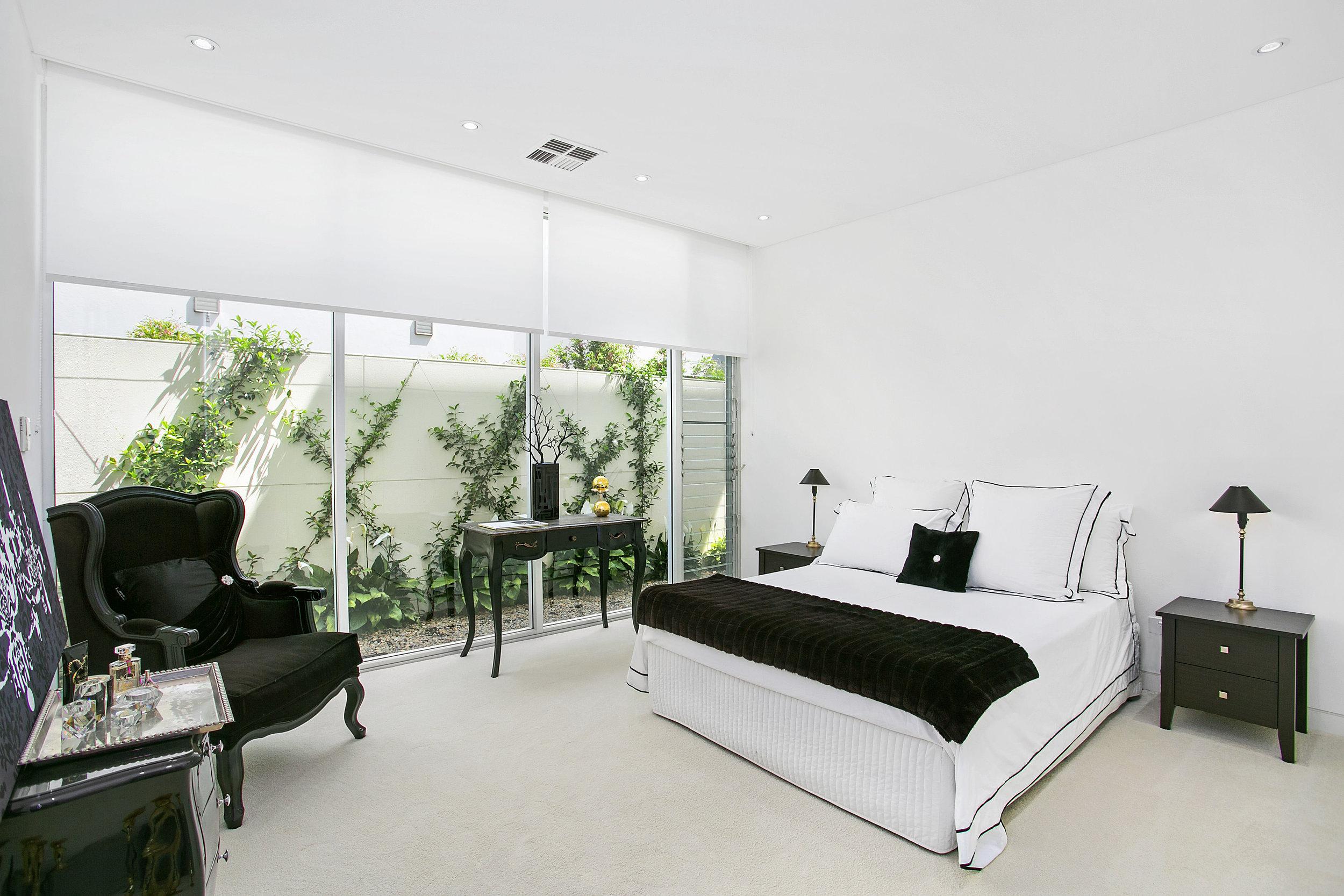 61a Muston St - Bedroom.jpg