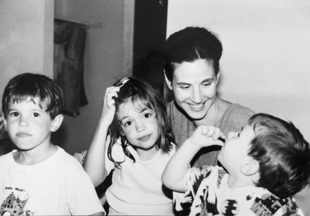 R.A. Leslie with her 3 children: (left to right) Jack, Conor, and Dylan, 1996 .