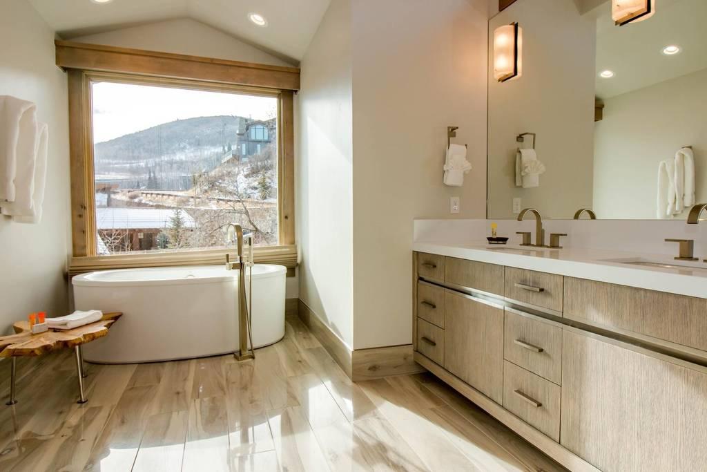 Utah Bathtub.jpg