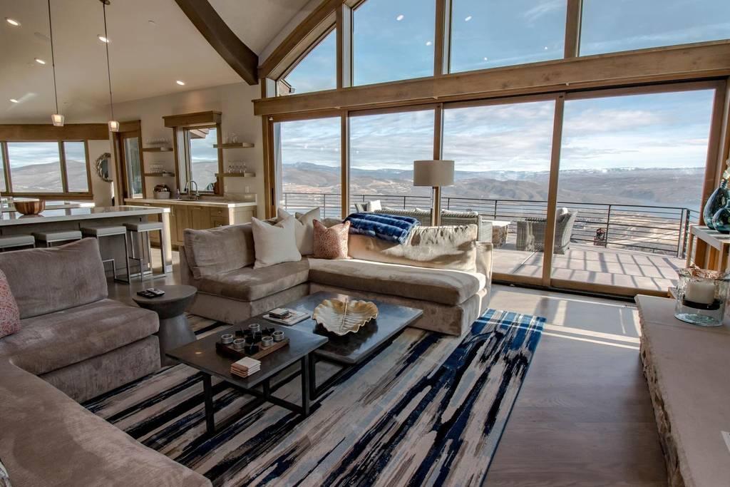 Utah Living Room 2.jpg