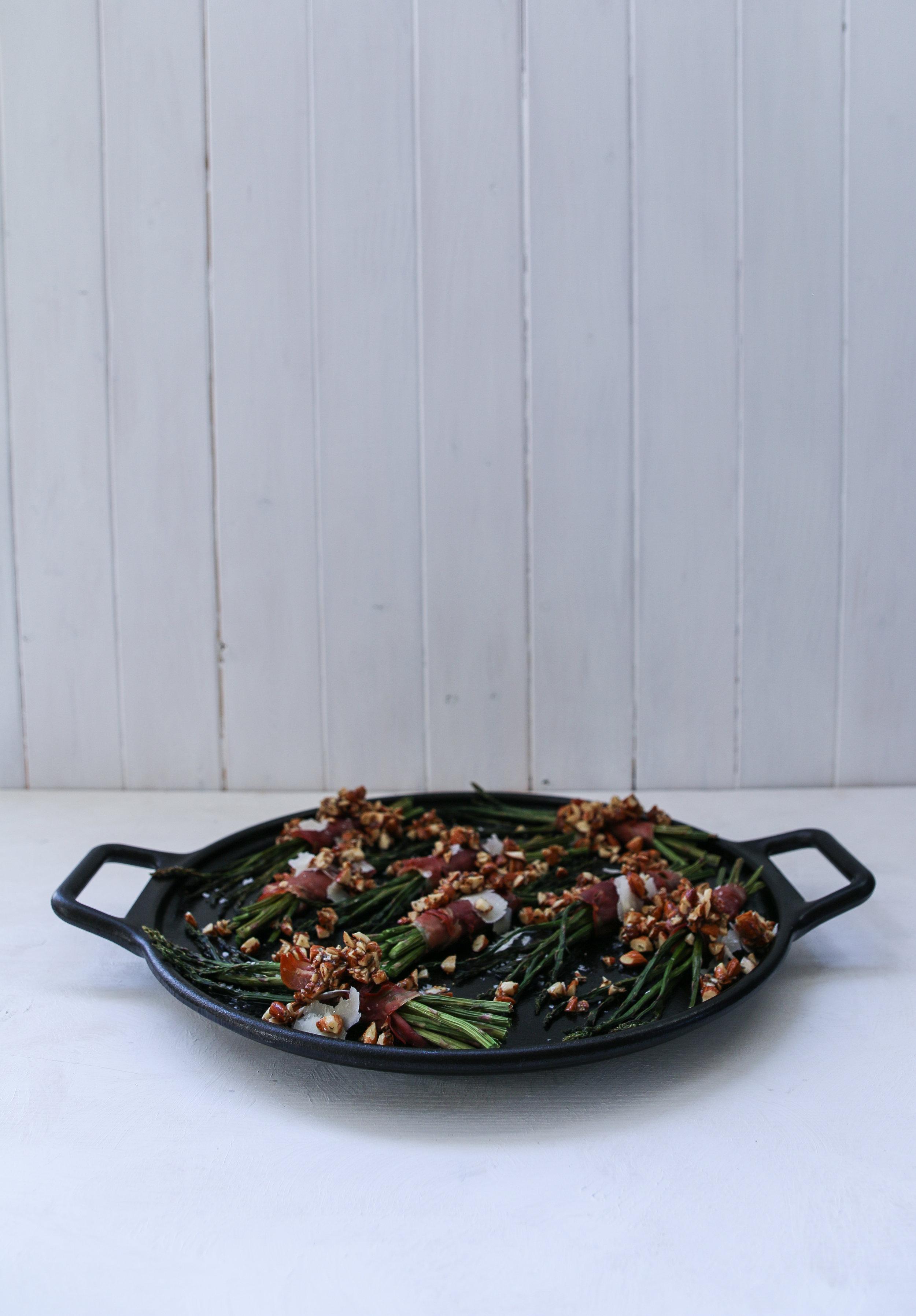 asparagus with prosciutto-3.jpg