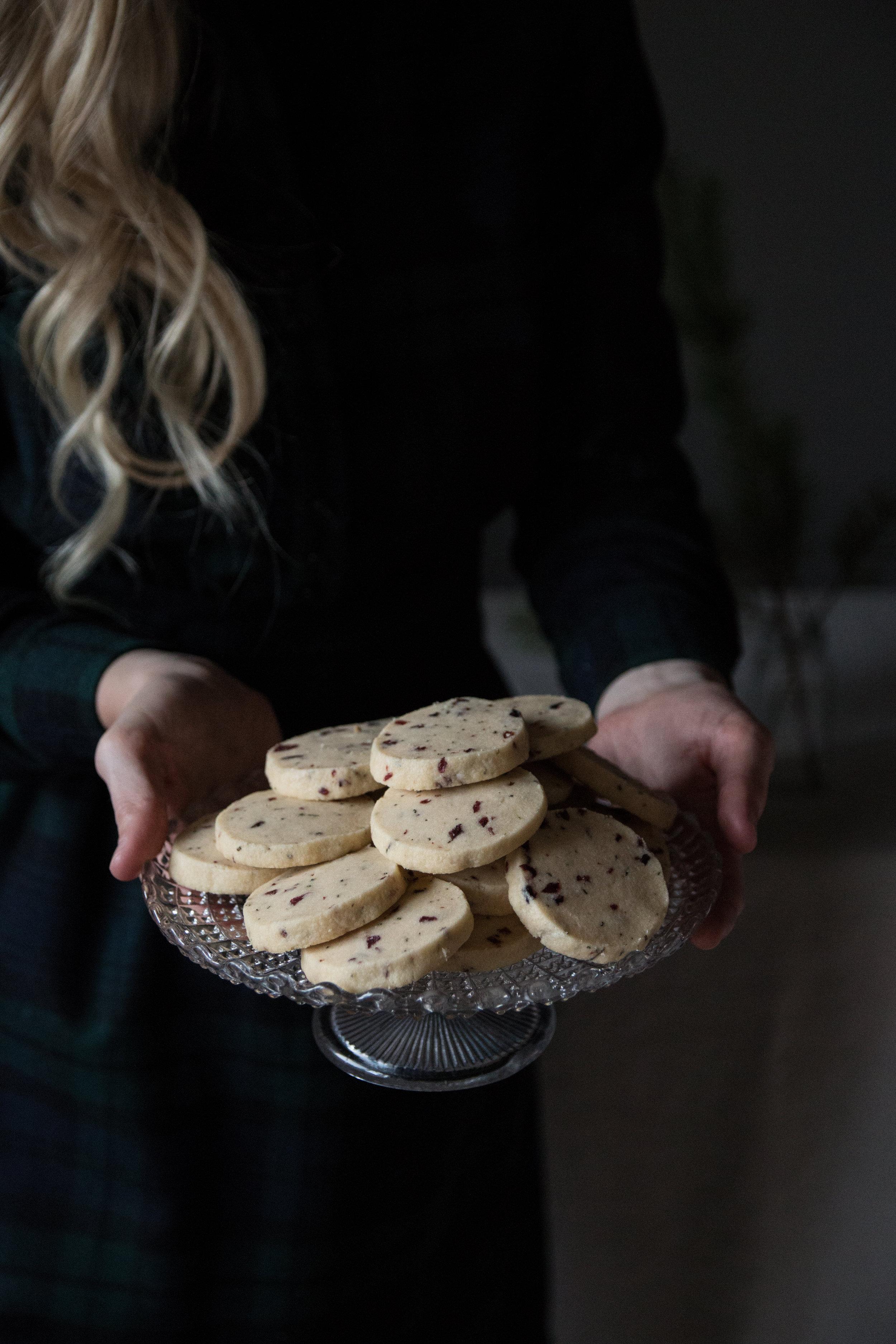 rosemarycranberrycookies-100.jpg