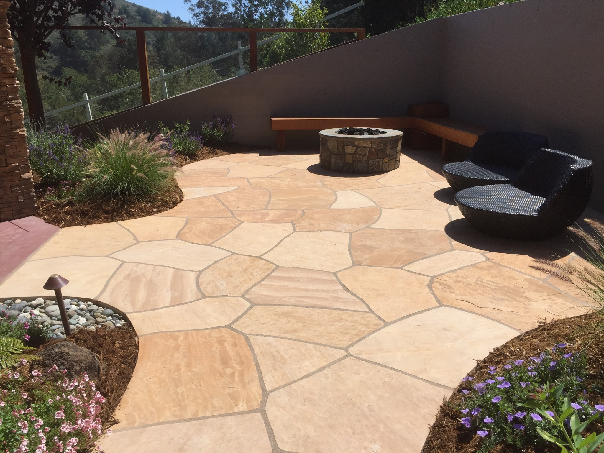 Flagstone Patio and Firepit.JPG