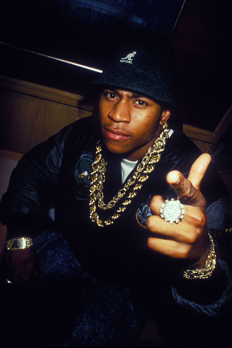 BIG CHAINS- I'm ok with these! It's especially cool to see old school pics of artists wearing this look.