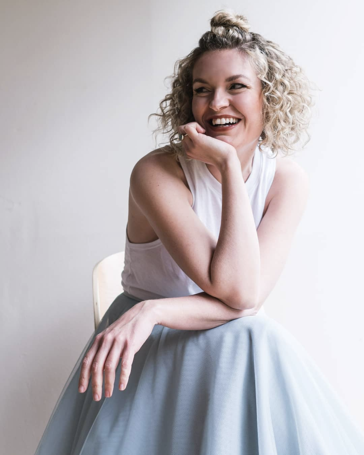 Rebecca, the designer and mastermind behind Rebecca Schoneveld Bridal is a resourceful, creative and inspired bridal designer.