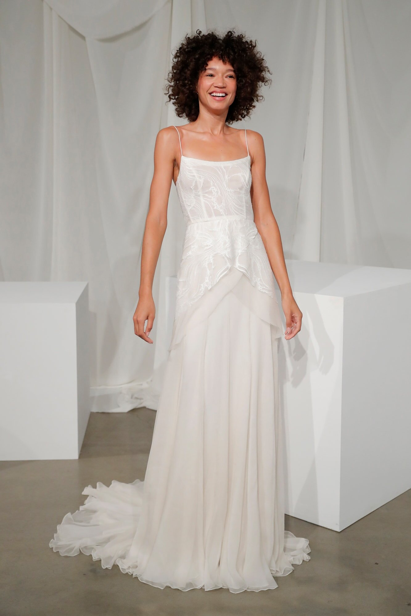 amsale_bridal-fall-2020-wedding-dress-corset.jpg