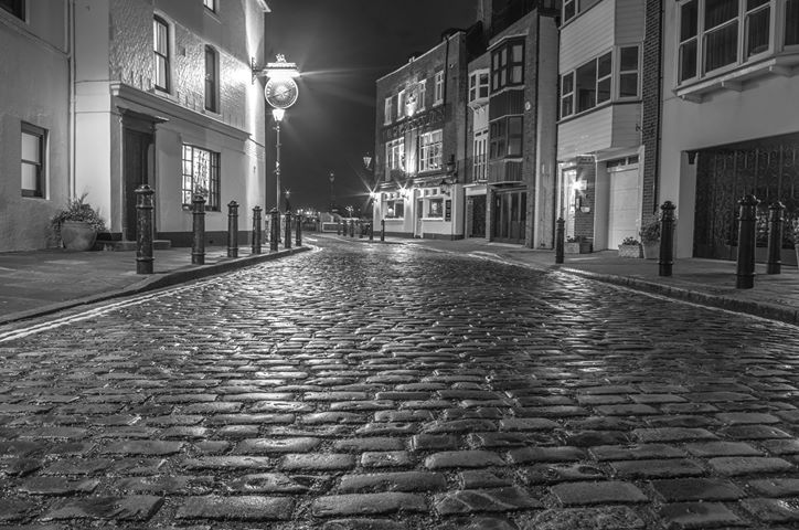 Terry Neale - Old Portsmouth street.jpg