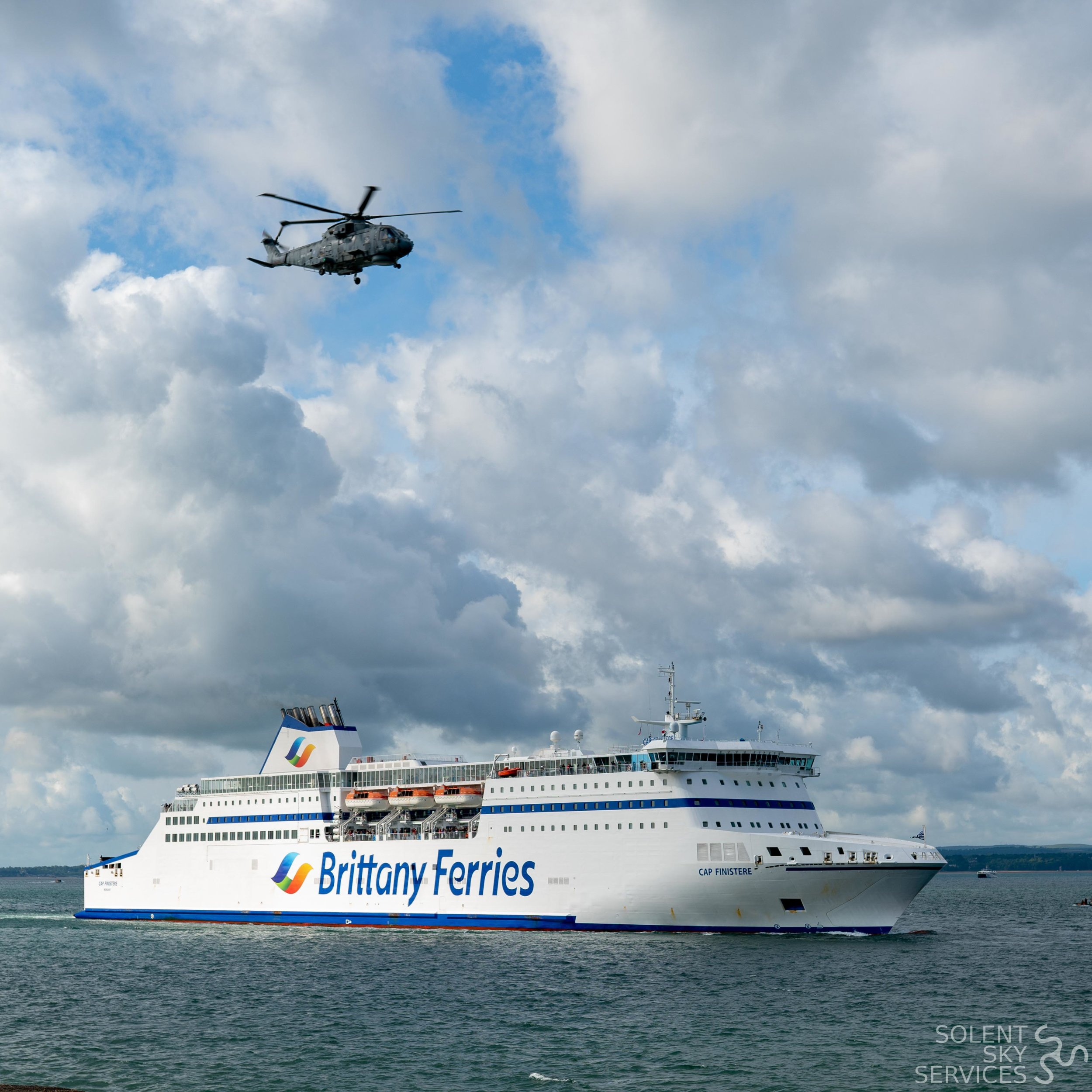 D DAY 75 - Solent Sky Services-2.JPG