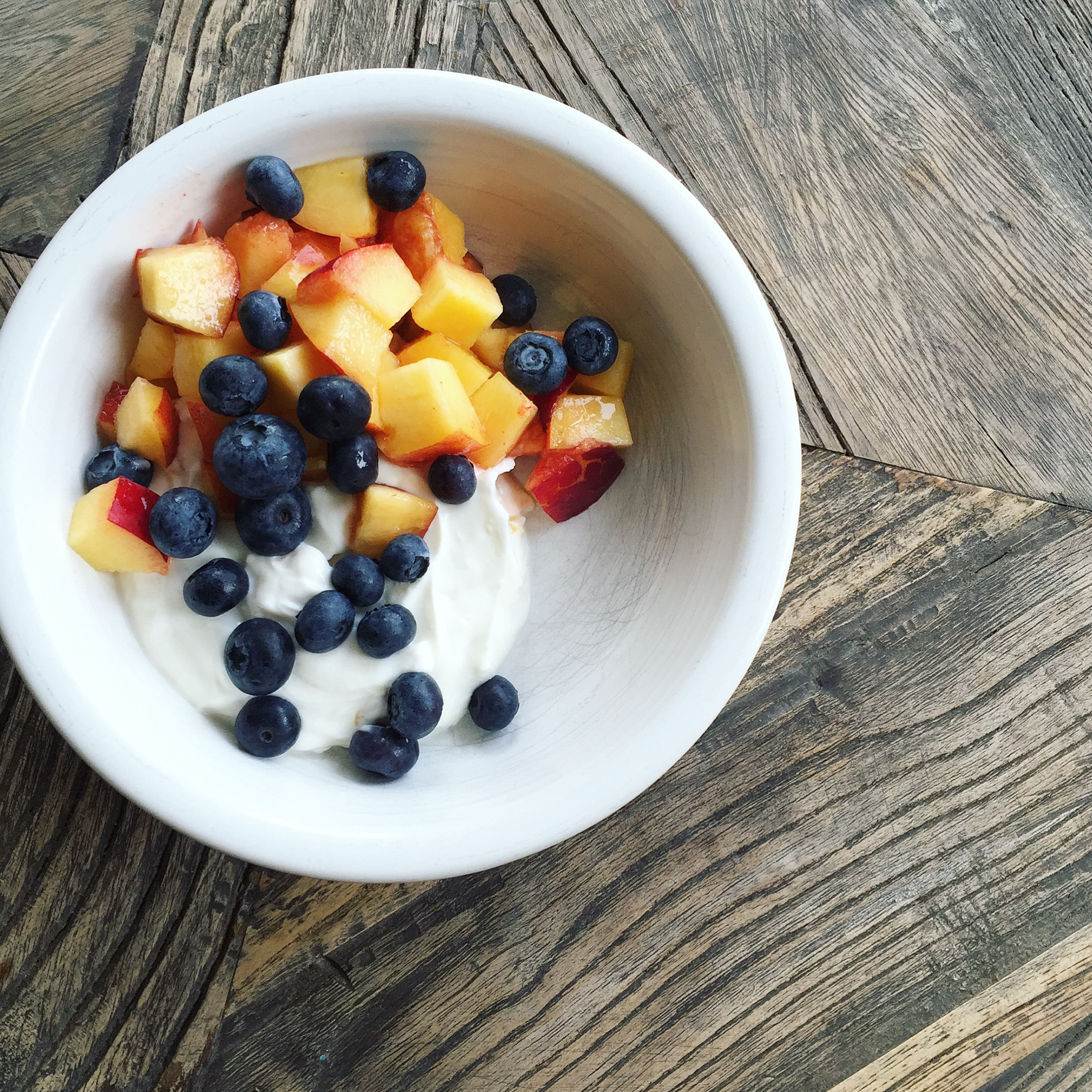 I'm a Registered Dietitian and wellness is my life. - Here's how I start my day …