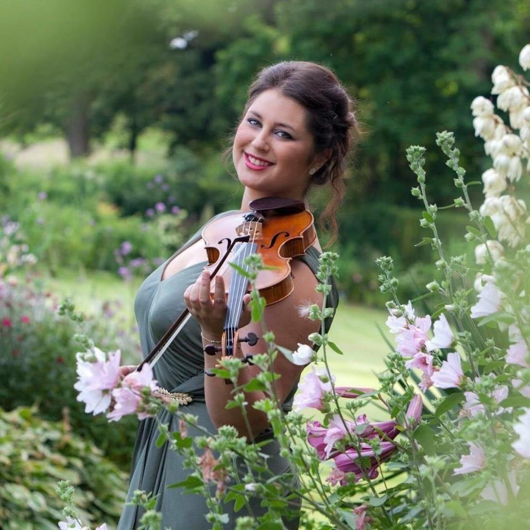 Joy Becker - violin
