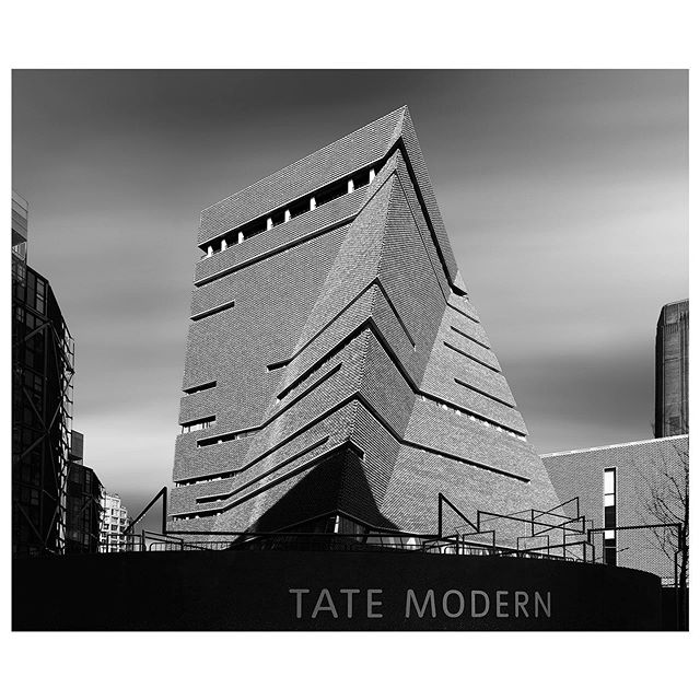 Razor Sharp. Hey? How've you been? It's been a while so kicking things off with the Tate Modern in London. What have you missed most?