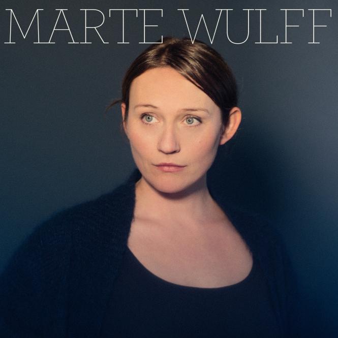 Marte Wullf, norsk artist:  musikkinnslag.