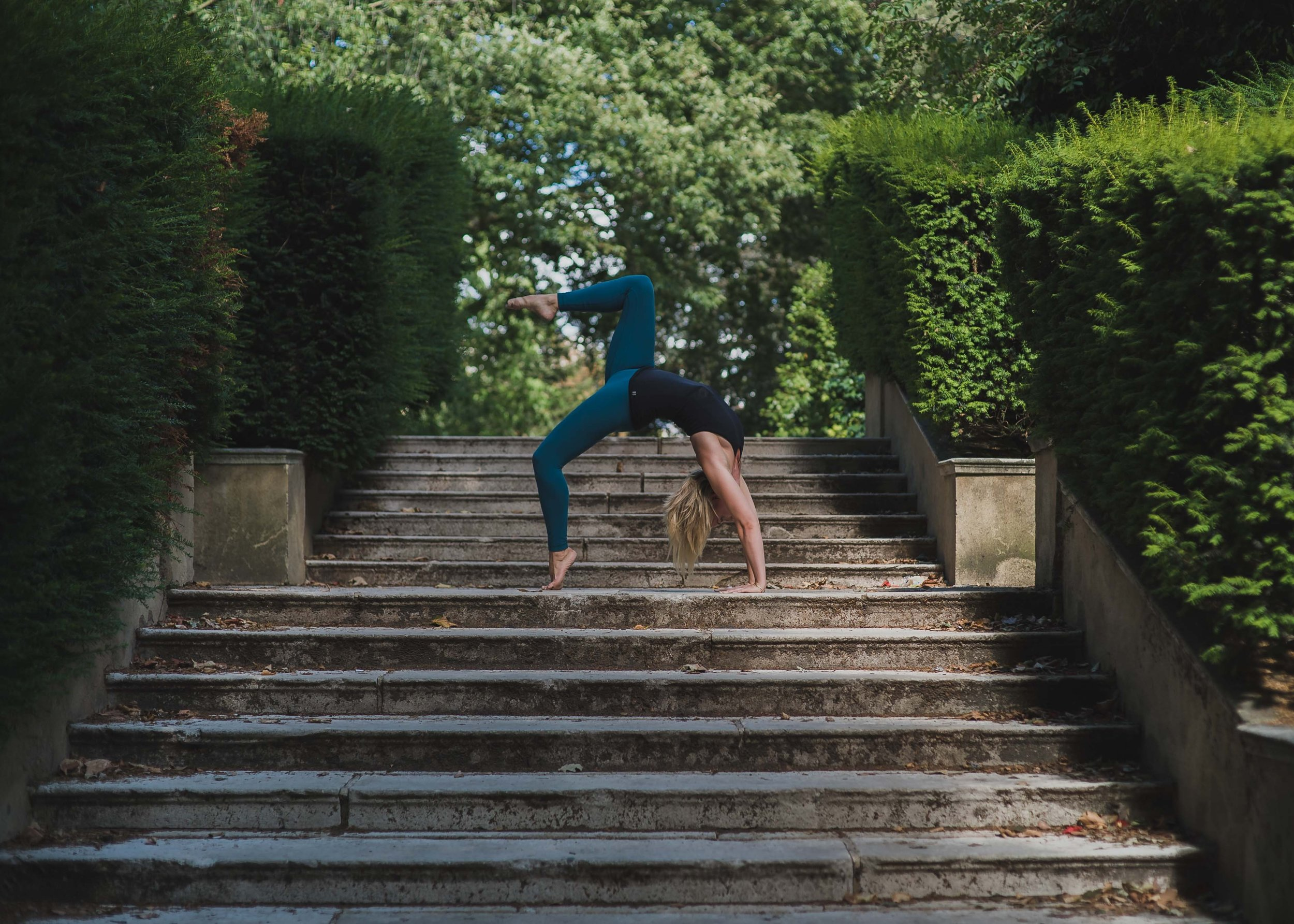 how-to-become-a-traveling-yoga-teacher