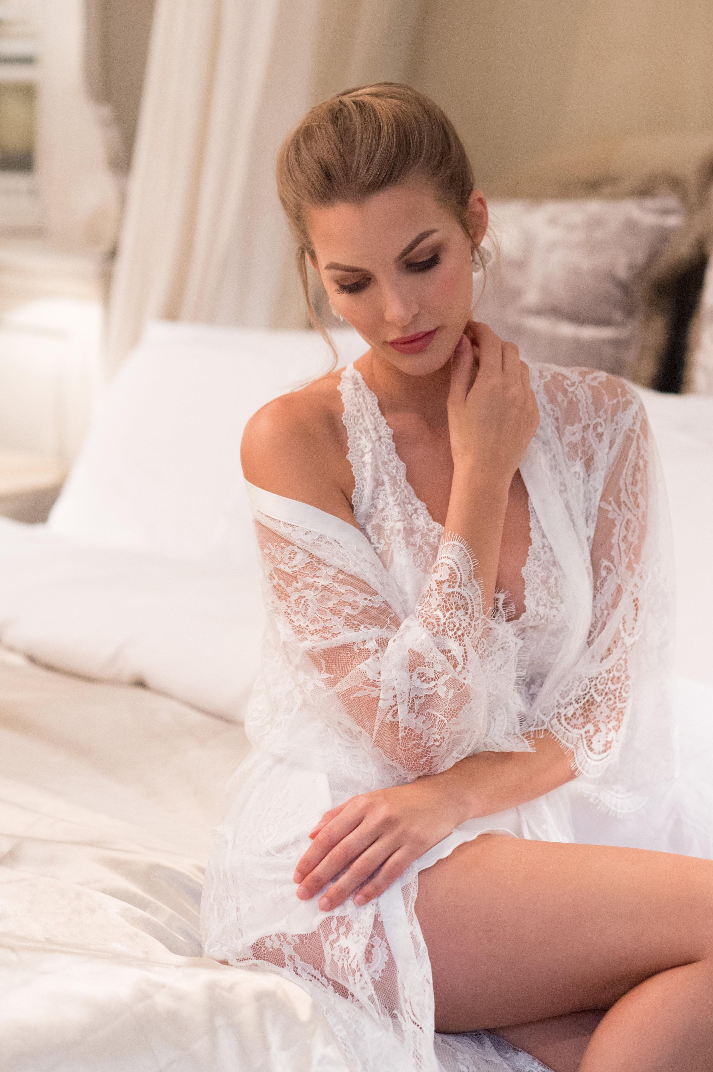 Elegant Bridal Boudoirshoot a009b.jpg