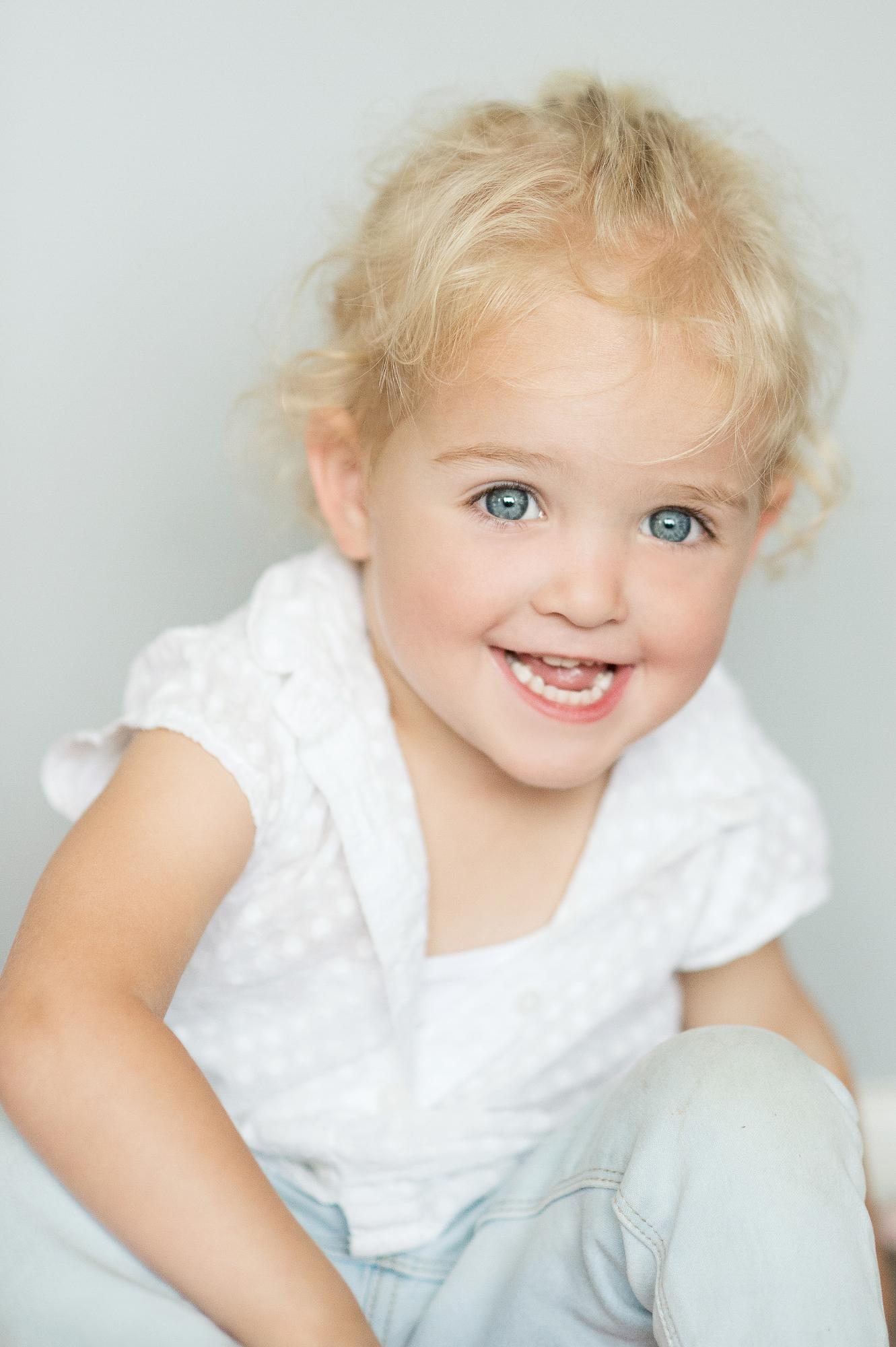 Naturelle Look Photography - Lifestyle Family_Newbornshoot b001.jpg