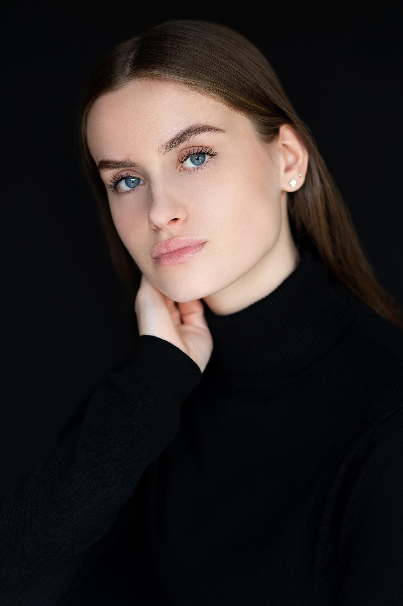 Portrait Meike a003 lr.jpg