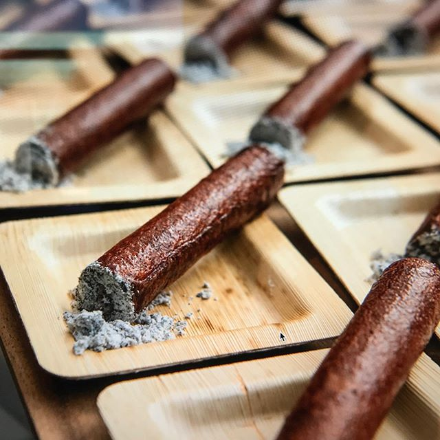 As an event planner, attention to details is number 1!!! Look at these by @neumanskitchen ! For the event with cigar aficionados. Spicy tuna cigars! They were as delicious as they looked! #neumanskitchen
