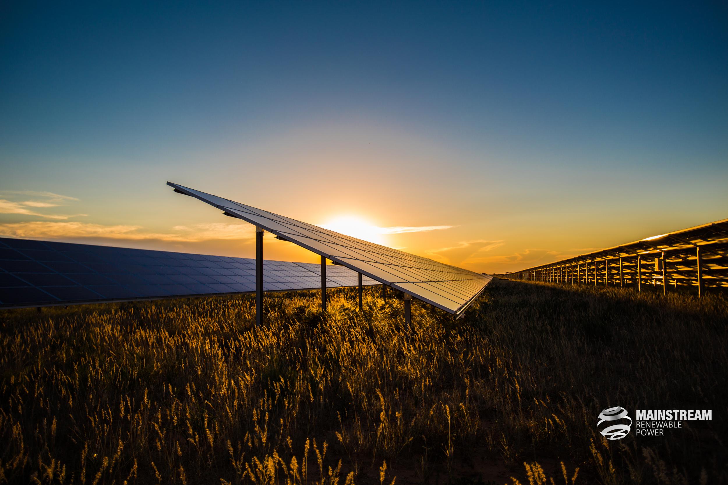 Renewable Energy-004xx.jpg