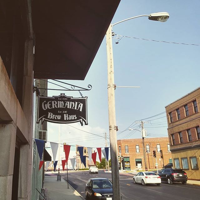 #happyfriday A-town! It's a #beautifulday in the #neighborhood. Stop in and see us, and get this weekend started right. . . . . . #germaniacoffeehaus #germaniabrewhaus #alton #broadway #friday #happyfriday #morning #beautifulmorning #clearskies #coffee #coffeeshop