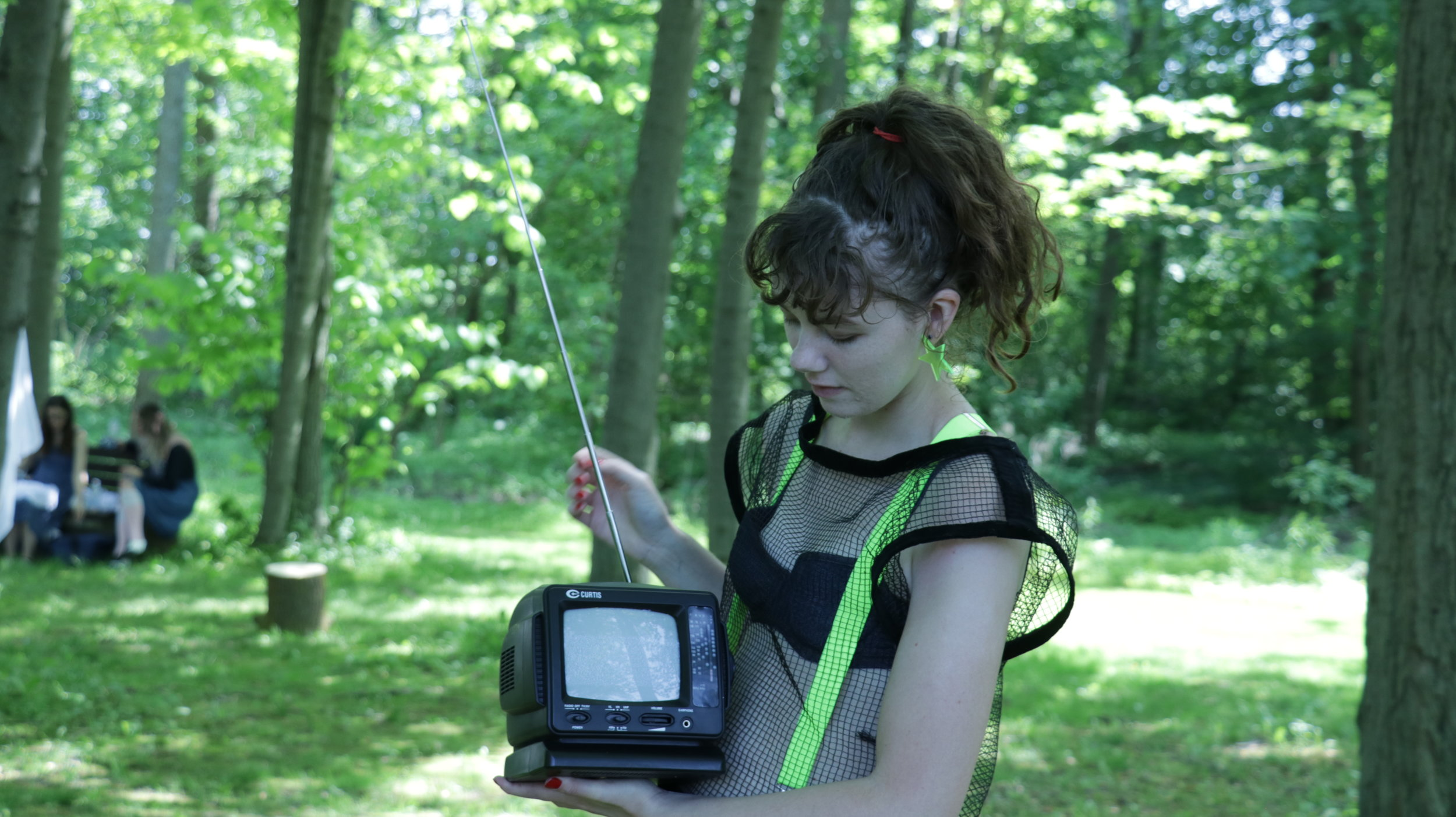 Silver Signals - (2017) A site specific performance with television radio for Landmarks: Canada's 150th, and Unsettled project at Scarborough Guild Park.